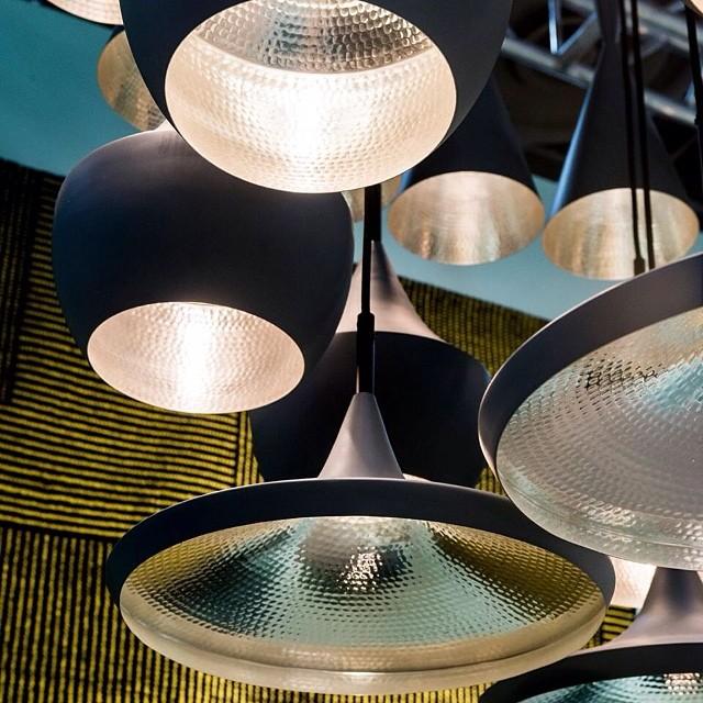 tom dixon lampen tomdixon akinterieurs aki akinterieur gold black lxry london luxury. Black Bedroom Furniture Sets. Home Design Ideas