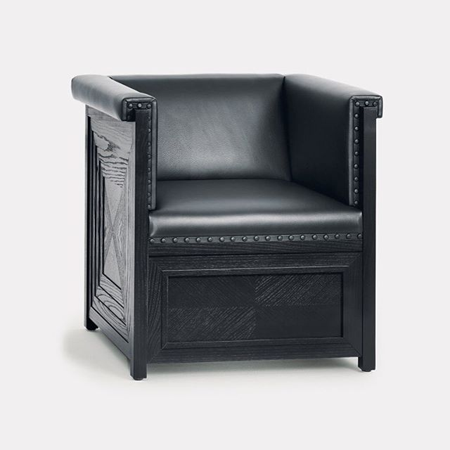 'Wittmann armchair Musikzimmer Purkersdorf': designer: Josef Hoffmann. This armchair, made for the music room of the Purkersdorf sanatorium exhibits a typical design feature of the time — the multiple framing often used by Hoffmann. He created a similar piece for the Stonborough-Wittgenstein apartment in Berlin. #Wittmann #Josef Hoffmann #berlin #aki #akiagency #interiordesign #architect #interieurarchitect #interiordesigner #hotelinteriordesign #hotelinteriordesigner #icon #luxury #vienna #austria #wittmannofficial #wittmanndealers Info@akiagency.nl0031-651561603