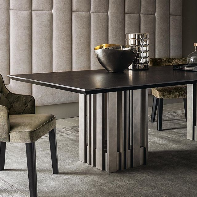 AKI AGENCY: Casamilano New dining table EMPIRE Design Marco Boga #new #diningtable #salonedelmobile2017 #casamilano #akiagency #empire #royaldining #interiordesign #interieurstyling #casamilanodealers #interieurarchitect #luxury #luxuryliving #lxryinfo@akiagency.nl