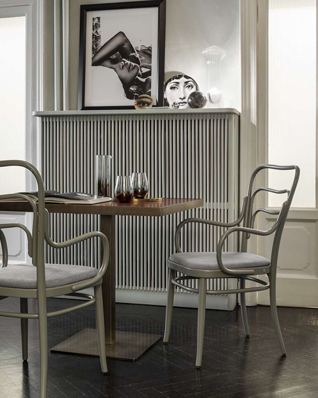 AKI AGENCY | GTV : armchair 'Vienna 144'GEBRÜDER THONET 1908#akiagency #gtv #gebruederthonetvienna #thonet #aki #vienna #original #italy #quality #handmade #icon #gtvdealer #hotelinterior #restaurantinterieurs #interieurontwerp #project #hotel #restaurant #diningchair #projectinterieur #gtvpartner info@akiagency.nl