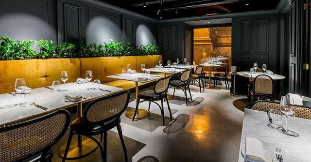AKI | Gebrüder Thonet Vienna GTV Casa Ellul Old Theatre Street, Il-Belt Valletta, Malta#gtv #aki #gtvdealers #malta #akiagency #vienna #torino #italy #projectinrichting #restaurantinterieurs #hotelinteriors #yellow #dining #diningchair #luxury #lxry info@akiagency.nl