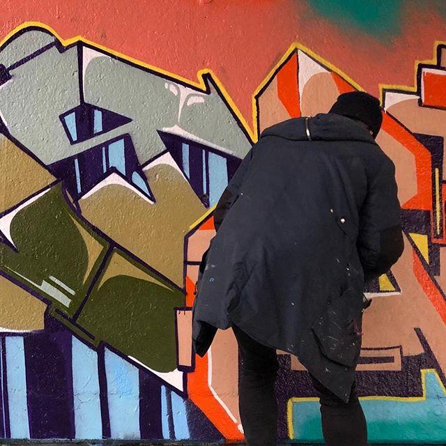 AKI | Quality time #graffiti #akiagency #freetime #streetart #painting #interiordesigner #hobby #montanagold #inspiratie #ns #koudinfo@akiagency.nl