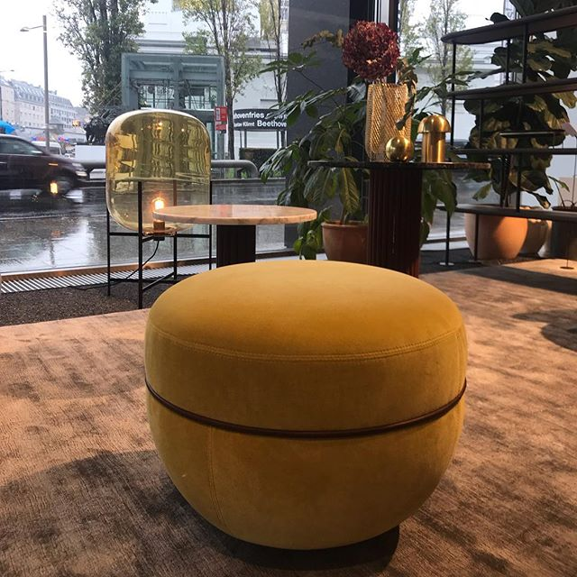 AKI AGENCY | Wittmann / Pulpo Flagship store Wittmann Vienna #wittmann #flagshipstore #vienna #akiagency #newcollection #sebastianherkner #miles #pulpo #pulpoproducts #jaimehayon #wittmannhayonworkshop #interiordesign #interieurinspiratie #interieurarchitect #wittmanndealers #architect #projectinrichting #interieurontwerper info@akiagency.nl